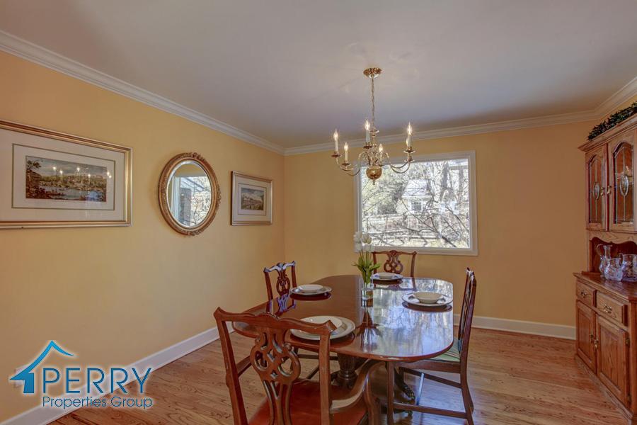 5153 W Fair Ave Littleton CO-large-019-35-Dining Room-1500x1000-72dpi