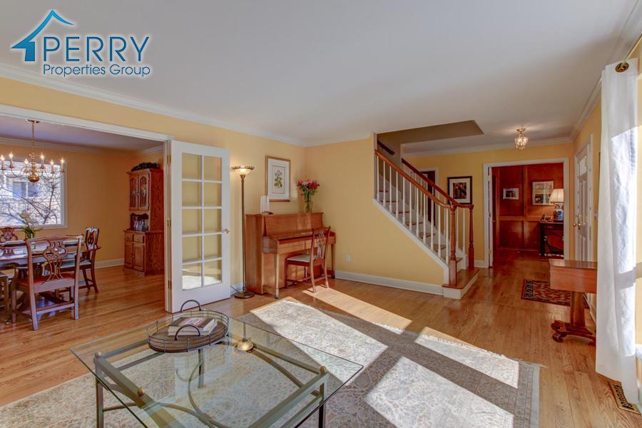 5153 W Fair Ave Littleton CO-large-022-12-Living Room-1500x1000-72dpi